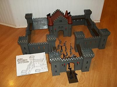 SIMBA 'Falcon Castle' playset--incomplete