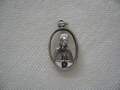 Vintage Sterling Silver Catholic STATUETTE SCAPULAR MEDAL Mary Sacred Heart