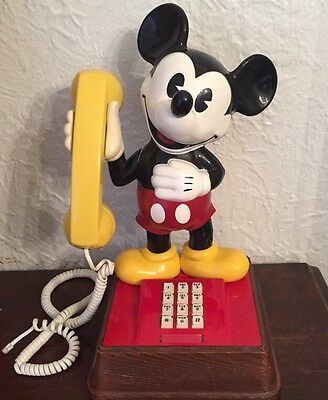 Vintage 1976 Mickey Mouse Push Button Touch Tone Telephone / Tested  Christmas