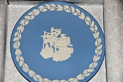 Rare Christmas/ New Year Wedgwood Plate - New In Box