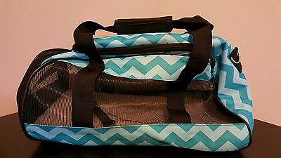 Small Dog/Cat Pet Carrier Soft Sided Purse EUC