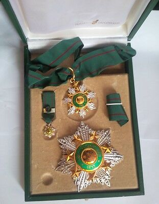 1949 Order of the Star of Jordan 2nd Class Set Medal Badge Wissam Nichan Kawkab