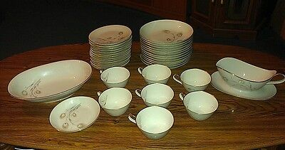 "37 Pc Set HEINRICH/H&C Co ""Beverly"" China Dinnerware Selb Bavaria Germany MINT!"