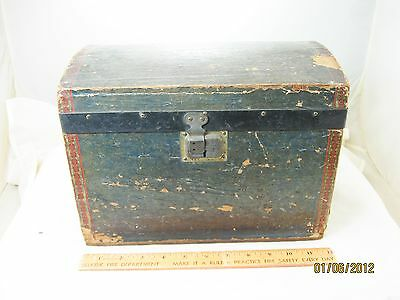 Vintage Springfield Trunk Factory Salesman Sample Trunk Childs Toy Size Wood ILL