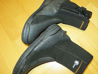 scuba diving  boots ibili 5mm black oxylane size 5.5 used ( 348)