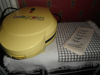 Baby Cakes DN-6 Mini Donut Maker Non Stick Rack Recipes Works Great