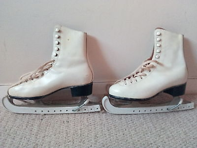 Ladies Ice Skates - Real Leather - size 4 1/2