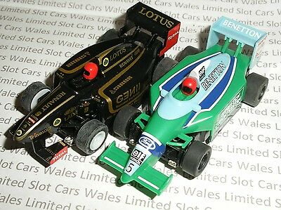 MICRO Scalextric - Pair of F1 Benetton and Lotus - Mint