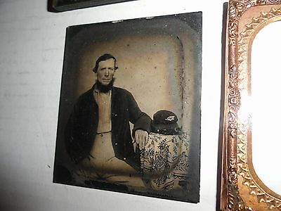 CIVIL WAR UNION INFANTRY SOLDIER 1/6th PLATE AMBROTYPE COMPANY 12 KEPI INSIGNIA
