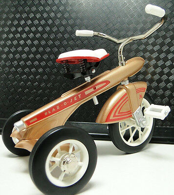 Rare Tricycle 1960s Pedal Car Vintage Classic Precision Metal Midget Show Model