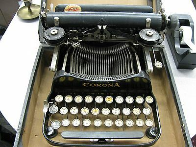 vintage Corona #3 1913 folding portable type writer with case and org brush