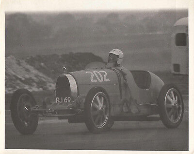 BUGATTI RACING, REG No.RJ 69, CAR No.202, PHOTOGRAPH.