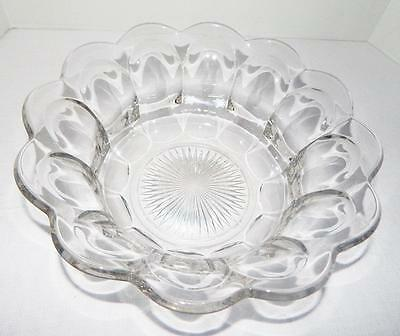"""Stunning Colonial Paneled Scallop HEISEY Large Serving Salad 12"""" Signed BOWL"""