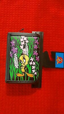 Looney Tunes Tweety Bird Tri-Fold Wallet Purse NEW