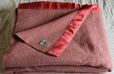 "Vintage Kenwood Famous 100% All Virgin Wool Blanket Made In Canada-Red-69""x44"""