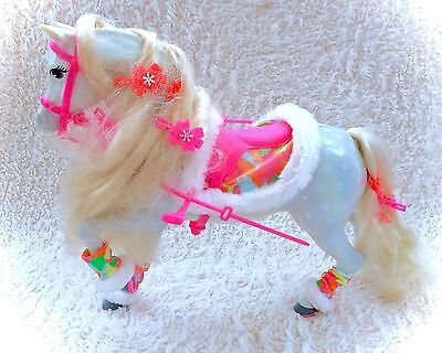 Vintage Ski Fun Barbie Horse COMPLETE Hair Clips Outfit Clothes Saddle Reigns 91