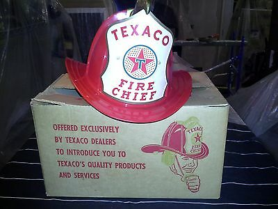 VINTAGE 1950s 60S TEXACO FIRE CHIEF HELMET  BATTERY OPERATED B/O IN ORIGINAL BOX