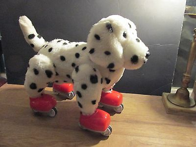 Daimatian Playmates Amazing Pets: Skate 'N Tricks Puppy Battery Voice Activated