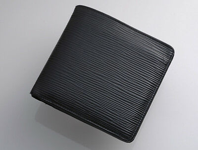 G7386 Authentic Louis Vuitton Epi Marco Bifold Wallet