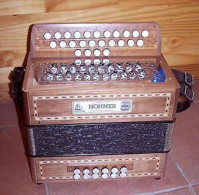 Accordion diatonic Hohner Galaad sol do + 4 alterations. new warranty 2 years