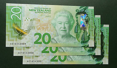 New Zealand ** 2016  **  $20  Unc  New Issue, New Design  Brighter Banknote !!!