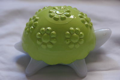 Turtle Candle Holder Avon Glass Limegreen Shell
