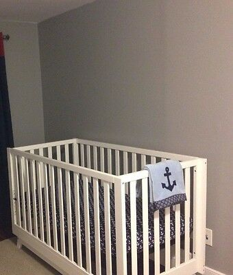 Fresh 4 in 1 Convertible Crib-Free Shipping in the Greater Toronto Area