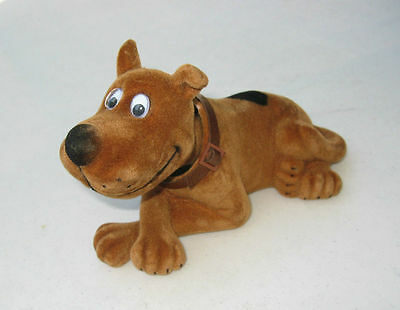 Bobbing Shaking Nodding Head Scoopy Dog Decoration for Car
