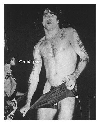HENRY ROLLINS YOUNG SHIRTLESS BLACK FLAG BEEFCAKE photo (79)