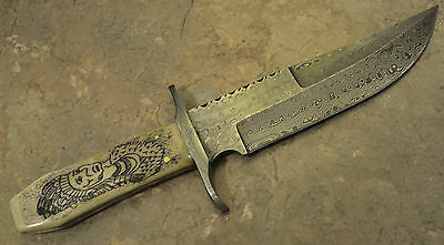 Hand Made Damascus Steel Hunting Bone With Scrimshaw Handle Bowie 105
