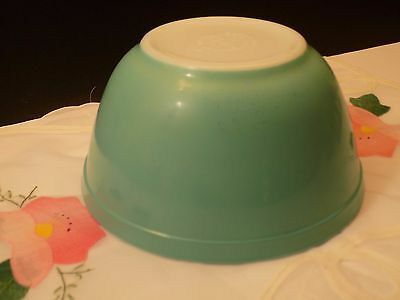 Vintage 1950's Pyrex Turquoise Blue #402 Nesting Mixing Bowl Free Shipping
