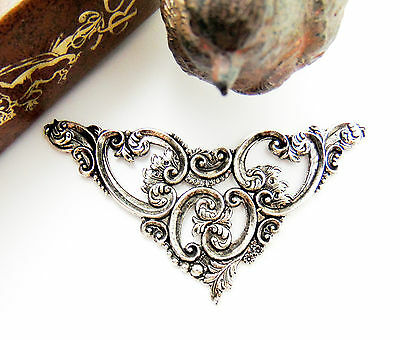 SILVER Scroll Leaf Cartouche Stamping ~ Antique Silver Victorian Finding (C-902)