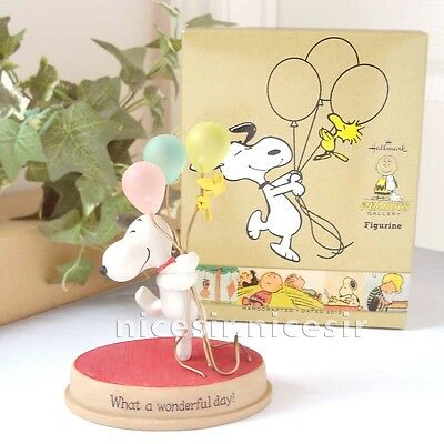 Hallmark Peanuts Gallery Snoopy Woodstock Balloon Wonderful Day Figurine Decor