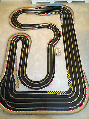 Scalextric Digital 4 Lane, Large Layout & 4 Digital Cars Set *