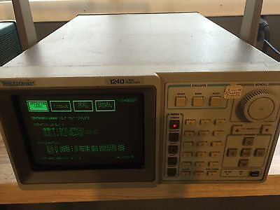 Tektronix 1240 LOGIC ANALYZER