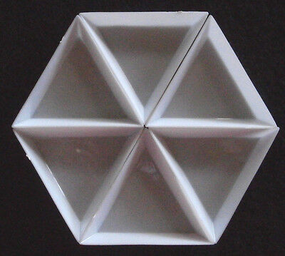 BEAD SORTING TRAYS - PLASTIC - TRIANGLE - 72mm x 72mm x 72mm - 3 - 10 pieces