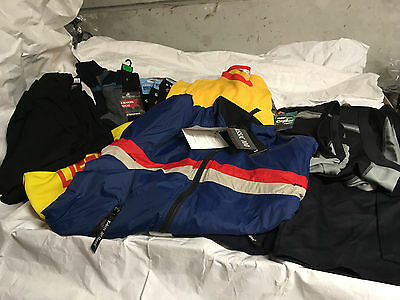 Mens 18 New items of clothing itemised job lot TC240117D