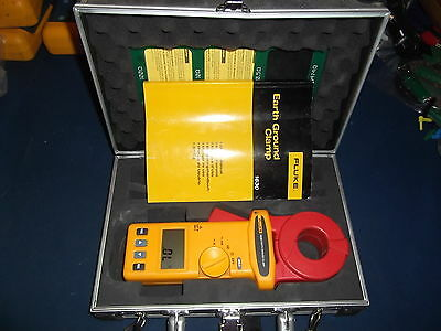 Fluke 1630 Earth Ground Clamp Resistance Meter