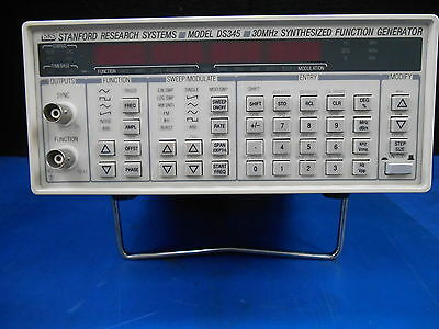 SRS Stanford Research Systems DS345 30MHz Synthesized Function Generator TESTED