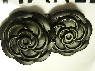 Set Of 2 Replacement Chanel Camellia Black Metal Coat Buttons, 22 Mm