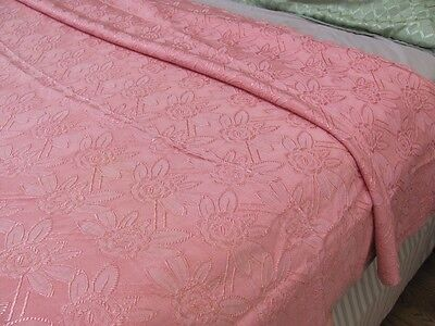 DEAD STOCK VTG 40s *CANDY PINK WOVEN JACQUARD Damask BEDSPREAD w/ROSES* $34.99