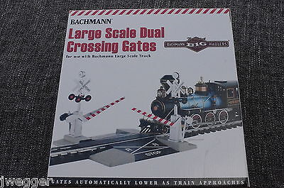 Bachman Large Scale Dual Crossing Gates New in Open Box