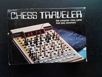 VINTAGE & RARE SCISYS CHESS TRAVELER COMPUTER GAME COMPLETE w/ BOX COLLECTIBLE