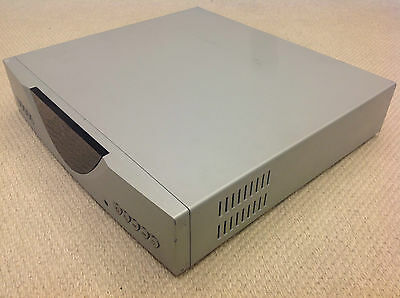 LINN CLASSIK MUSIC Silver color All-In-One CD player/Tuner/Amplifier/DAC/Preamp