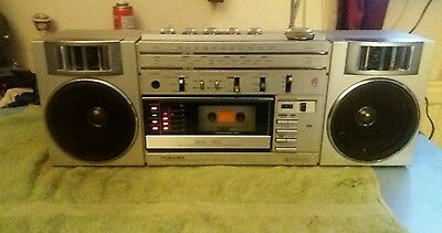 Toshiba RT-S782 Vintage Stereo Radio Cassette Recorder Player all working