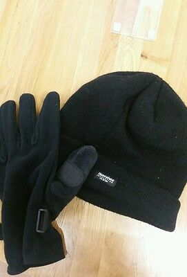 Mens winter hat and gloves