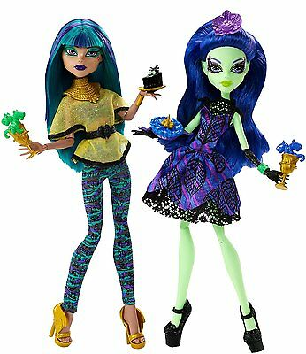 Monster High 2-er Pack Midnight Bites Nefera de Nile & Amanita Nightshade - NEU