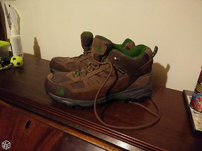 Chaussure de marche: North Face Point. 41