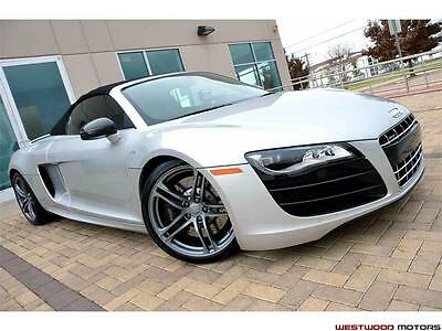 2011 Audi R8 Spyder Convertible 2-Door 2011 Audi R8 5.2L V10 quattro Spyder Heavy Loaded LOW MILES Pristine Condition