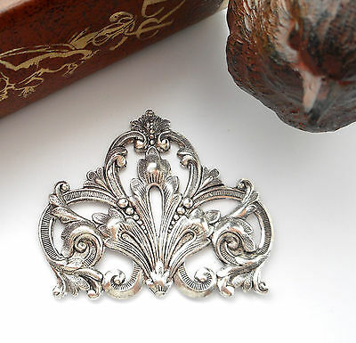 SILVER FLOURISH SCROLL CREST Stamping ~ Antique Silver ~ Finding (FA-6081) `